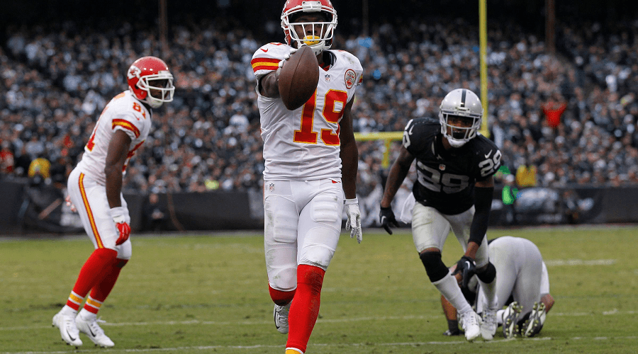 Chiefs-vs-Raiders-NFL-Betting-compressor