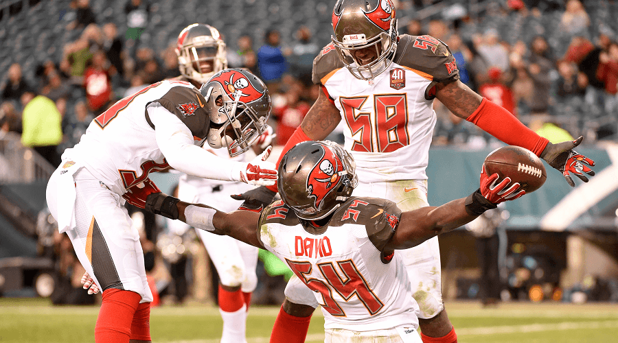 Tampa-Bay-Buccaneers-Celebration-NFL-Odds-compressor