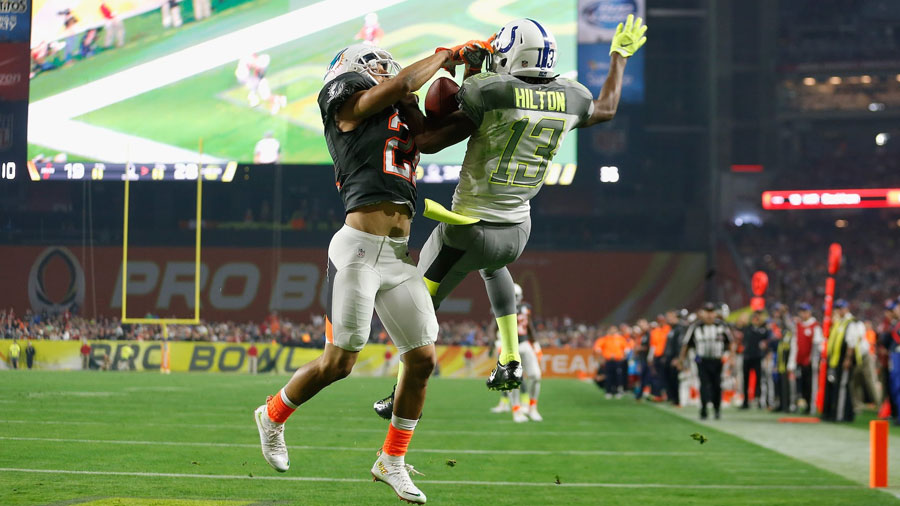 Brent Grimes made an amazing interception at a Pro Bowl.